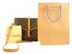 Louis Vuitton No. 230 Style #230 Portable Serviette Biface Limited Edition Shoulder Bag