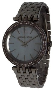 Michael Kors NEW WOMENS MICHAEL KORS (MK3433) DARCI GUN METAL GRAY PEARL DIAL WATCH