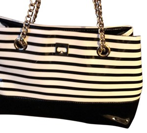 Kate Spade Satchel in stripped