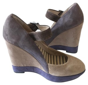 Splendid Tri-toned Brown, purple, tan Wedges