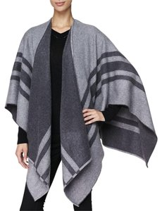Burberry Cashmere Wrap Shawl Wool Cape