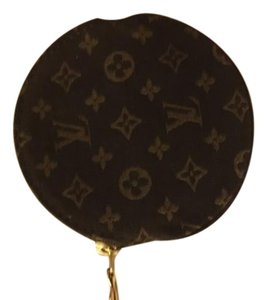 Louis Vuitton Louis Vuitton Key Cles Monogram Coin Pouch LVAV117