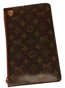 Louis Vuitton Authentic-Louis Vuitton GM Neverfull pouch strap