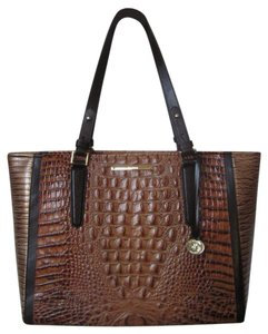 Brahmin New With Tag Tote in toasted almond