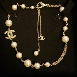 Chanel Chanel 2016 Pearl Choker Necklace