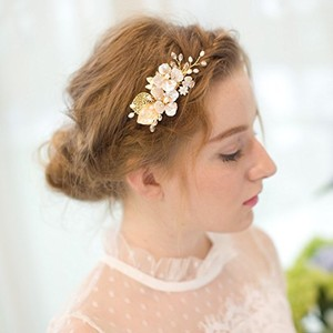 Floral Gold Toned Pearl Handmade Hair Clip