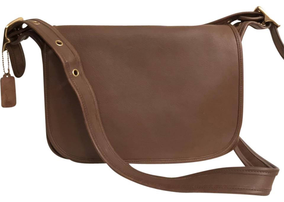 df6aea24959a Coach Purse Handbag Saddle Vintage Messenger Cross Body Bag Image 0 ...