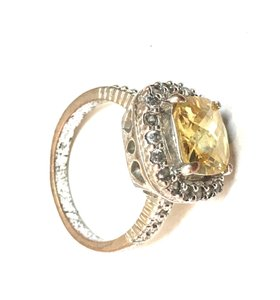 Other Faux Citrine Yellow Ice Diamond Cocktail Ring Used Costume Jewelry