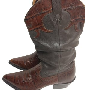 Ariat Cowgirl Southwestern Pointy Toe Gator brown ginger Boots