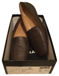 Chanel $425 Leather Cc Logo Driving Loafers Oxfords + Box & 1 Dustbag 38 Brown Flats