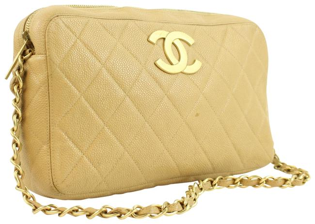 Item - Camera Quilted Beige Leather Beach Bag