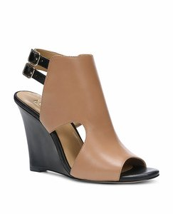 Ann Taylor Leather Strappy Peep Toe Beige/Black Wedges