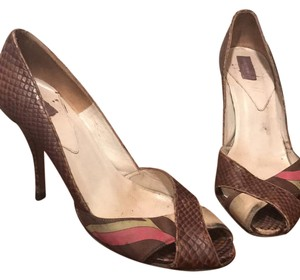 Emilio Pucci brown Pumps
