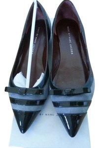 Marc by Marc Jacobs Pat. Charc. Suede stone Flats