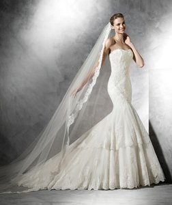 Pronovias Barquilla Wedding Dress
