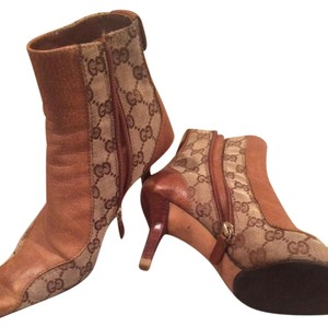 Gucci Vintage Leather Tan / Beige Boots
