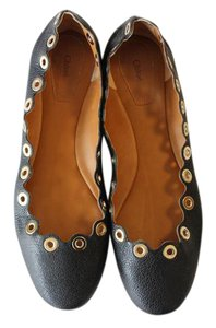 Chloé Grommets Scalloped Leather Chloe Black Flats