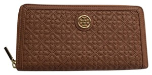 Tory Burch NEW!!! Bryant Zip Continental Wallet
