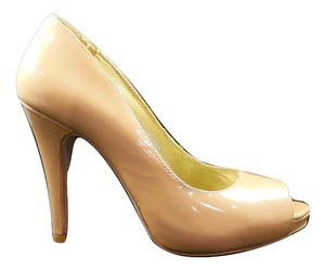 Elaine Turner Nude Pumps