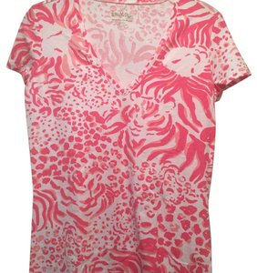 "Lilly Pulitzer T Shirt pink and white ""get spotted"" print spring 2015"