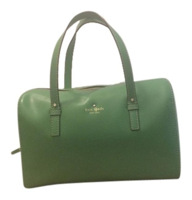 Item - Stripes Summer Out and About Gold New York Trendy Chic Green Leather Shoulder Bag