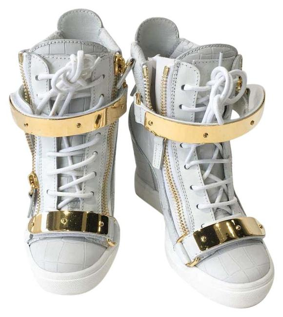 Item - White Gz Women High Top Sneakers Boots/Booties Size US 5.5