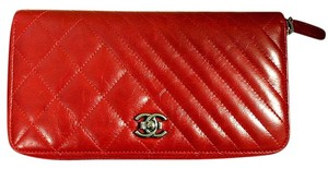 Chanel CHANEL ZIP AROUND WALLET CC LOGO RED QUILTED CHEVRON LEATHER ORGANIZER