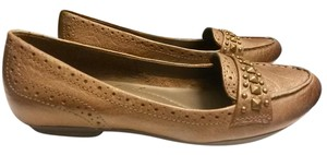 Bare Traps Leather Casual Round Toe Rubber Sole Brown Flats