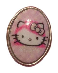 Tarina Tarantino hello kitty ring
