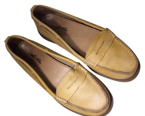 Bed Stü Pale Vintage Antiqued Distressed Yellow Flats