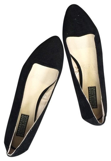 Preload https://item4.tradesy.com/images/deena-and-ozzy-urban-outfitters-black-flats-2066638-0-0.jpg?width=440&height=440