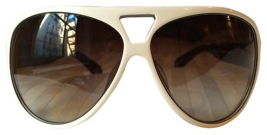 Preload https://item3.tradesy.com/images/marc-by-marc-jacobs-marc-by-marc-jacobs-white-aviators-2066642-0-0.jpg?width=440&height=440