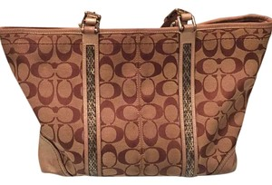 Coach Tote in brown / gold