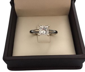 Fred Meyer - Sitara (Princess) Cut Diamond Engagement Ring Princess Cut Diamond Engagement Ring 18k White Gold