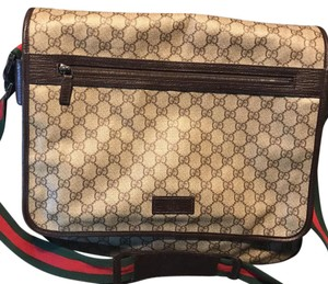 Gucci dark brown on beige coated GG canvas Messenger Bag