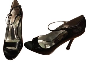 Guess Patent Leather Strap Black Pumps