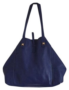 Stella & Dot Tote in Royal blue