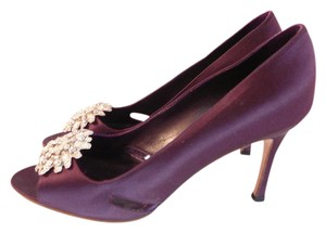 Manolo Blahnik Manolo 39.5 Chanel 39.5 Gucci Prada 39.5 Plum Pumps