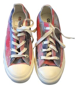 Converse red white blue Athletic
