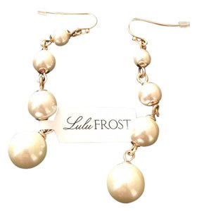 Lulu Frost E279 Pearl Drop Earrings
