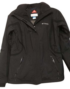 Columbia Sportswear Company Seam Sealed Waterproof Breathable Coat