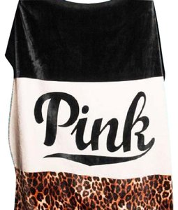 PINK Victoria's Secret Pink rare cheetah colorblock sherpa blanket