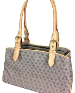 Dooney & Bourke Tote in beige and taupe