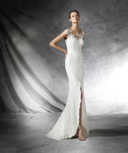 Pronovias Preta Wedding Dress