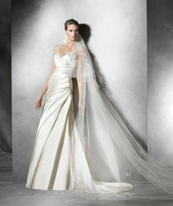 Pronovias Prunella Wedding Dress