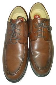 Chaps camel brown Flats
