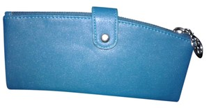 Metropolitan Mobility Blue wallet New without tags
