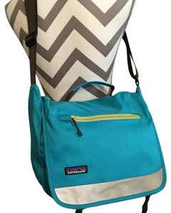 Patagonia Biking Cross Body Messenger Teal Messenger Bag