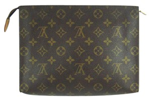 Louis Vuitton Toilette 26 Monogram Large Cosmetics Travel Dopp Bag France