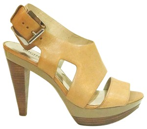 MICHAEL Michael Kors Cognac / Light brown - Tan Pumps